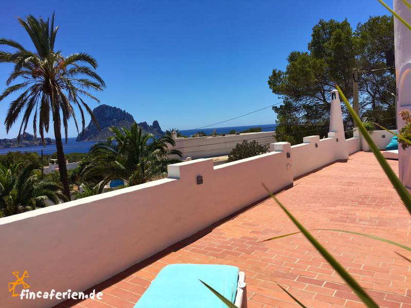 ibiza ferienhaus mit meerblick cala carbo es vedra fincaferien finca. Black Bedroom Furniture Sets. Home Design Ideas
