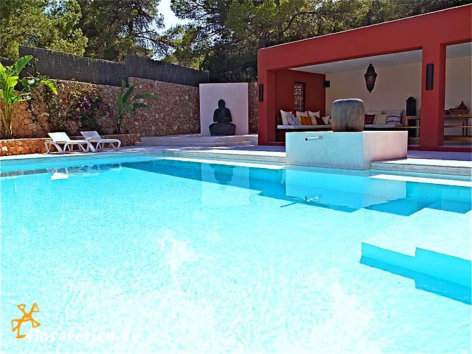 ibiza cala vadella strandnahes ferienhaus mit pool. Black Bedroom Furniture Sets. Home Design Ideas