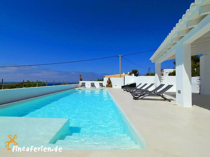 Moderne luxusvilla am meer mit pool  Ibiza moderne Villa mit Pool + Internet am Meer - fincaferien ...