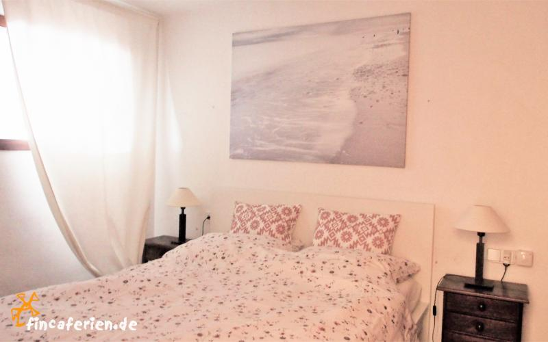 ibiza preiswerte ferienwohnung direkt am strand bis 4 personen haustiere hund erlaubt direkt. Black Bedroom Furniture Sets. Home Design Ideas