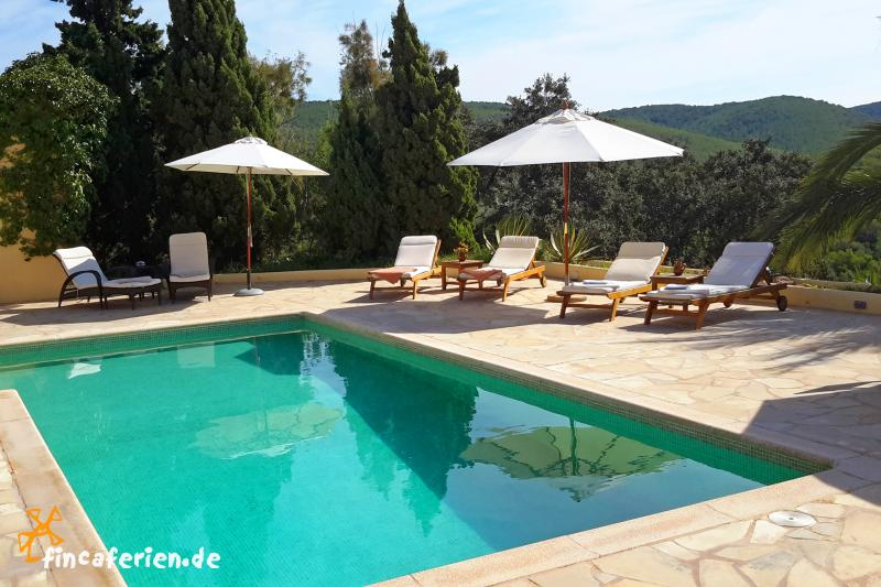 ibiza villa mit pool klimaanlage internet meerblick san jose fincaferien finca. Black Bedroom Furniture Sets. Home Design Ideas