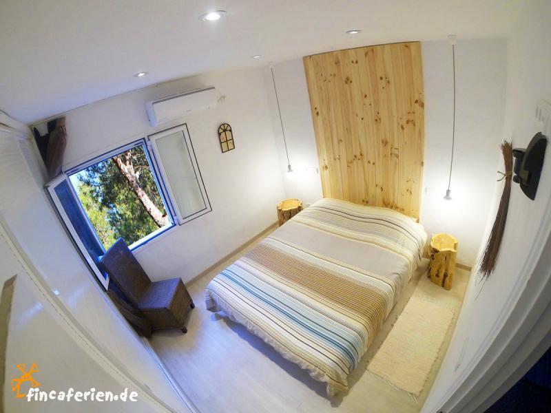 Ibiza Urlaub am Meer - strandnahes Apartment an der Cala Vadella ...