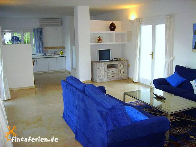 ibiza strandnahe ferienwohnung mit pool und klimaanlage kleine ferienanlage nahe agua blanca. Black Bedroom Furniture Sets. Home Design Ideas