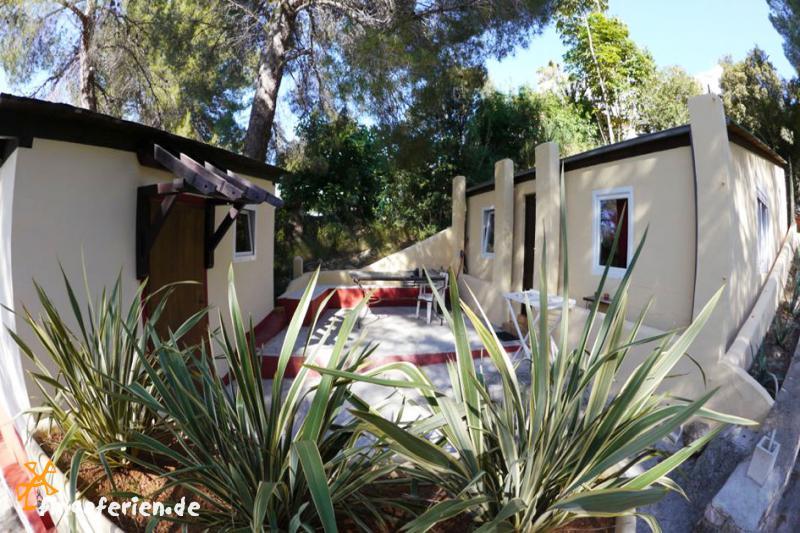 ibiza urlaub apartmentanlage mit pool bei santa eulalia fincaferien finca. Black Bedroom Furniture Sets. Home Design Ideas
