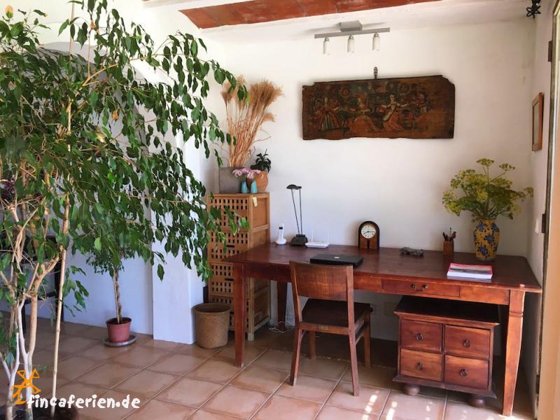ibiza finca mit pool und klimaanlage bei san lorenzo fincaferien finca. Black Bedroom Furniture Sets. Home Design Ideas