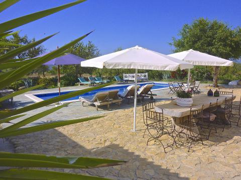 Kleines Ferienhaus für 2 Personen mit Pool (Nr. 0160)
