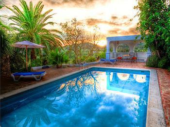 Ibiza San Rafael: Finca mit Pool in ruhiger Lage  (Nr. 0192)