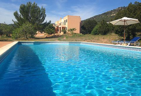 Villa mit Pool bei Es Cubells (0010)