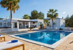 Moderne Villa mit Pool und Klimaanlage für 10 Personen (Nr. 0011)