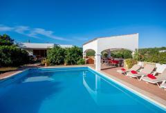 Ferienhaus mit Pool und Klimaanlage auf dem Land (Nr. 0012)