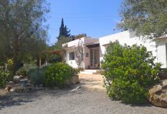 Strandnahes Ferienhaus mit Klimaanlage bei Santa Eulalia (Nr. 0039)