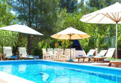 Modernisierte Finca mit Pool auf Ibiza  (Nr. 0047)
