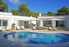 Exklusives Ferienhaus mit Pool - Cala Tarida (Nr. 0055)