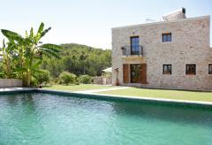 Exklusive Finca mit Pool, Klimaanlage und Internet (Nr. 0136)