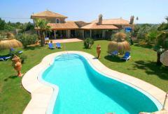 Großes Landhaus mit Pool und Klimaanlage (Nr. 3114)