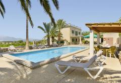 Große Finca mit Pool für Familienurlaub auf Mallorca (Nr. 0619)