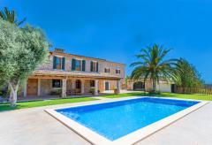 Familien Finca mit Pool bei Palma de Mallorca (Nr. 0661)