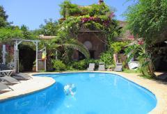 Strandnahe Finca mit Pool, Klimaanlage und schönem Garten (Nr. 0032)