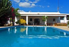 Finca Ibiza mit Pool bei Sant Rafael (Nr. 0126)