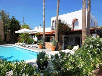 Romantisches Landhotel mit Pool