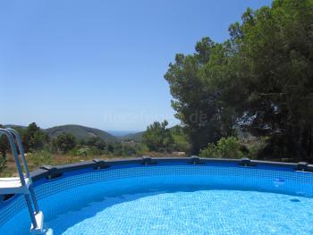 Ferienhaus mit Meerblick und kleinem Pool