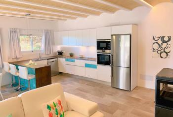 Moderne, komfortable Küche