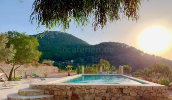 Ferienhaus mit Pool bei Sant Josep