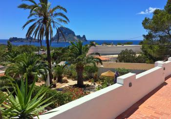 Ibiza strandnahes Ferienhaus mit Meerblick