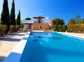 Finca für 8 Personen auf Ibiza