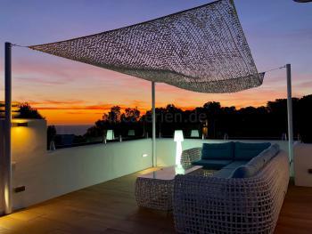Relaxen im Ibiza Urlaub am Meer - Cala Vadella
