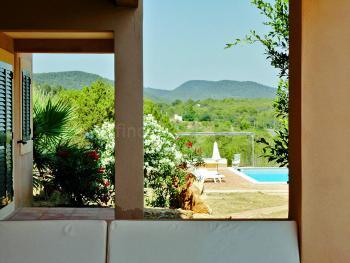 Villa für 8 Personen mit Pool