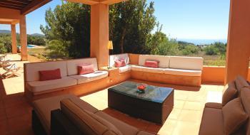 Große Villa für 8 Personen mit Pool