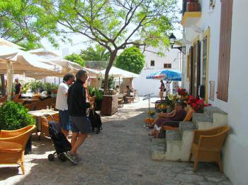 Dalt Vila - die Altstadt von Eivissa