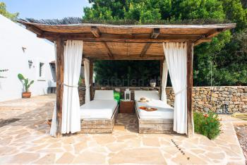Relaxen im Urlaub auf Ibiza