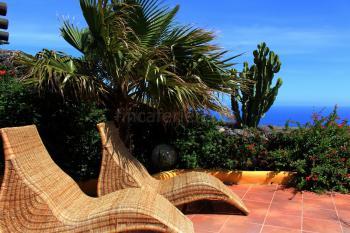 Kanarische Finca mit Meerblick und Pool