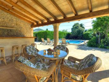 Gartenhaus mit Sauna, Bar und Sitzecke