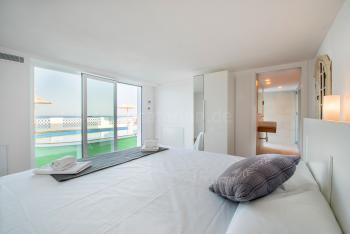 Schlafzimmer mit separatem Eingang