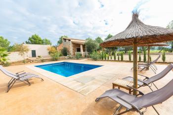 Finca mit Pool und Klimaanlage bei Campos
