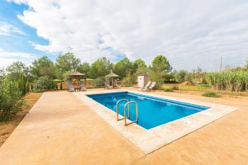Finca für 6 Personen mit Pool