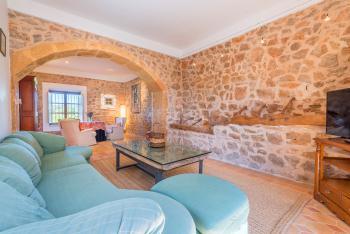 Wohnzimmer mit Leseecke