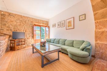Wohnzimmer unten mit SAT-TV