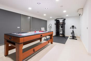Fitness- und Spielzimmer