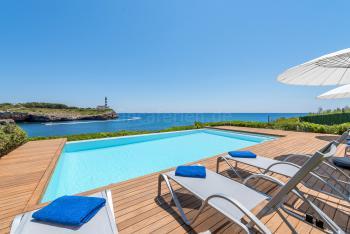 Strandnahe Villa am Meer für 10 Personen