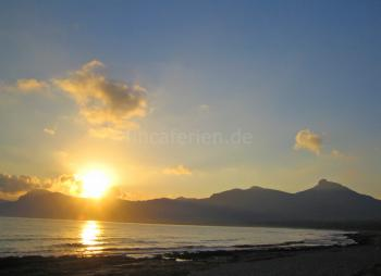 und Sonnenuntergänge genießen
