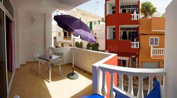 Apartment mit Balkon und Meerblick in Alcalá