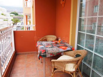 Balkon mit Essplatz
