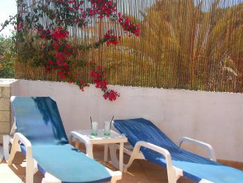 Relaxen auf der Terrasse mit Meerblick