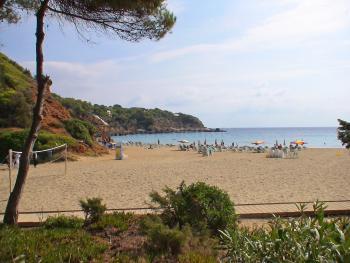 Strandnahe Ferienwohnung - Cala Llenya