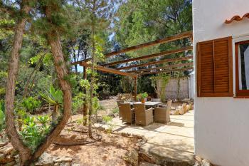 Gartenterrasse und Außendusche