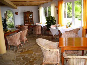 Stilvolle Ferienanlage mit Restaurant